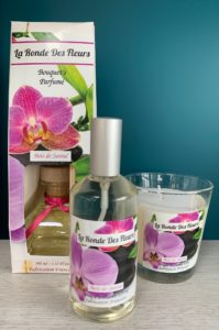 Spray 17,50€ Bougie 20€ Bouquet fleuri 27,50€